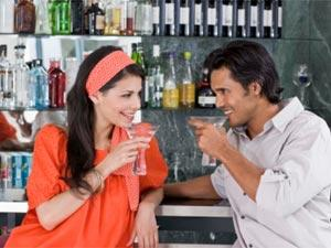 Top 5 Places For Finding A Date! - man and woman drinking