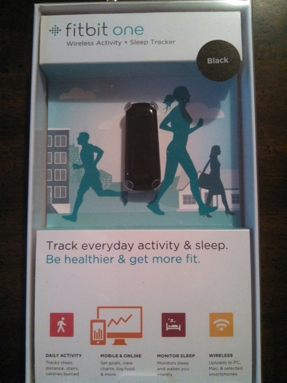 how to get fitbit one to track sleep