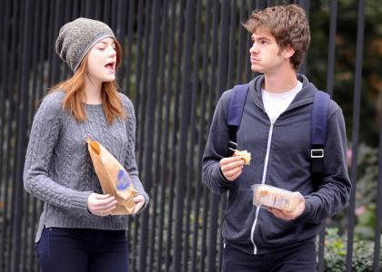 garfield dating stone Emma stone in 2018: still dating her boyfriend andrew garfield how rich is she does emma stone have tattoos does she smoke + body measurements.