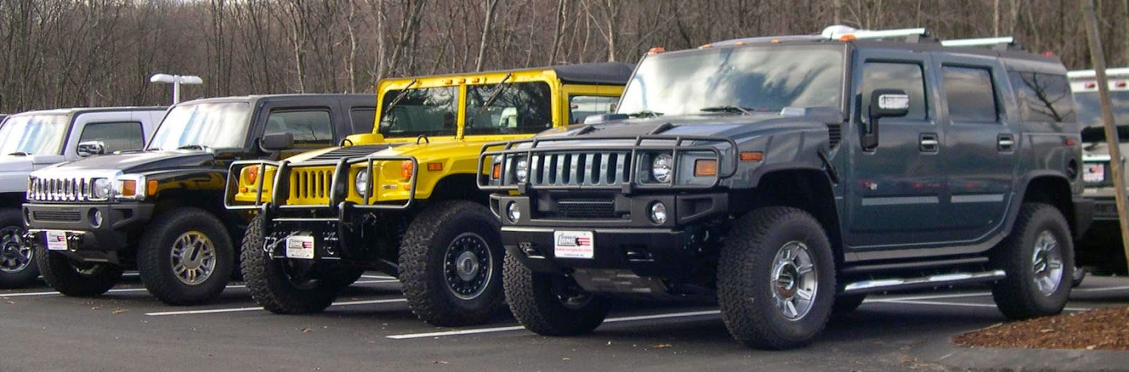 From left Hummer H3, H1, and H2