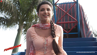 Ishaqzaade Fresh High Resolution Wallpapers, featuring  Hot Parineeti Chopra