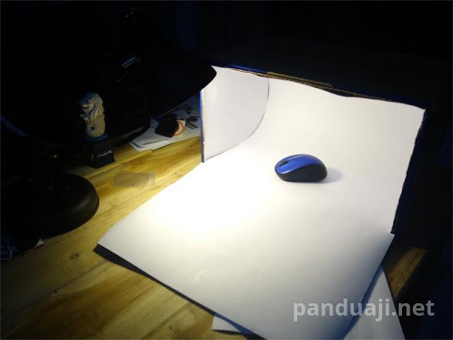 Mini Studio dari Kardus Bekas