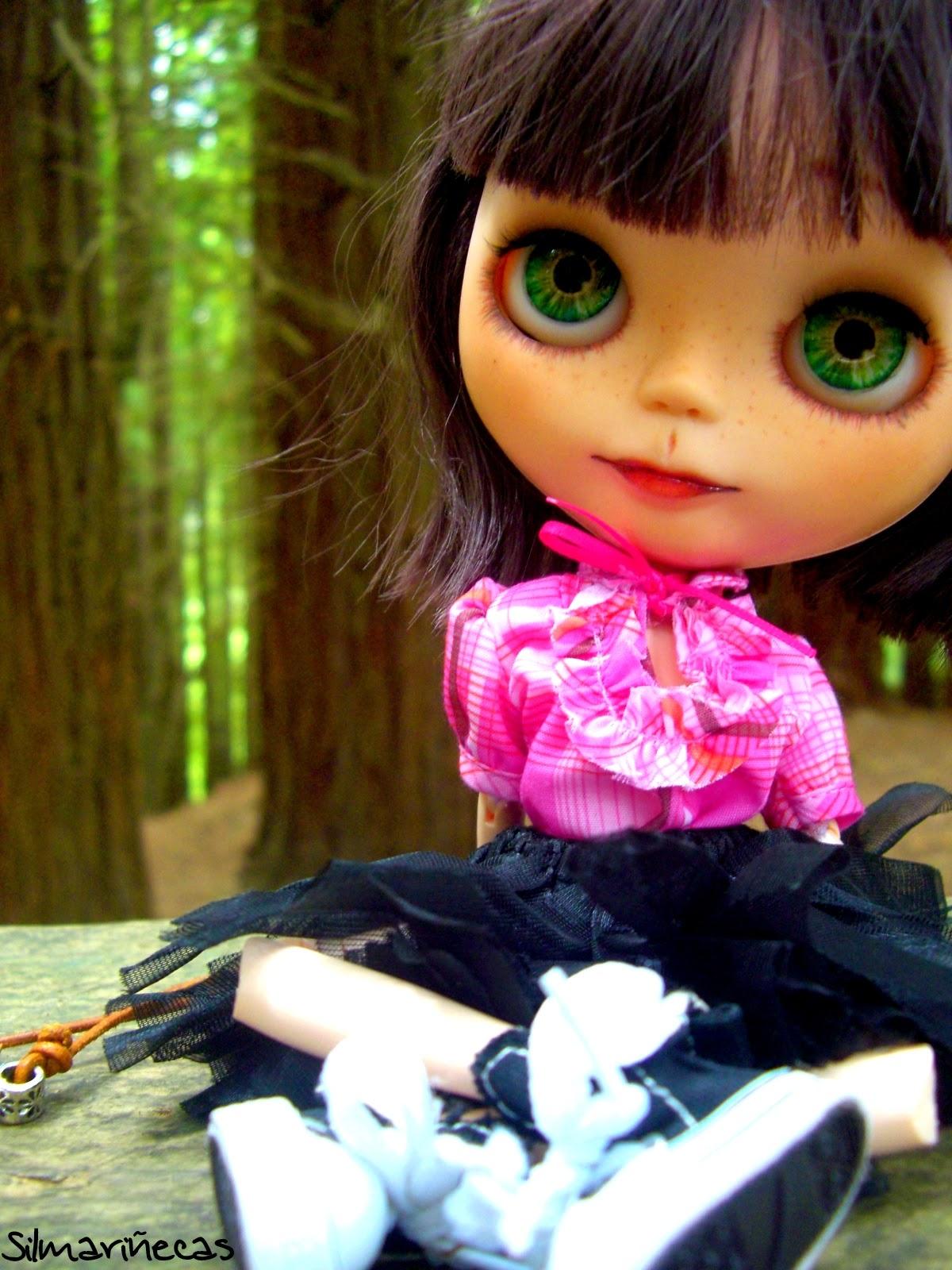 Basaak doll en secuoyas del monte cabezón cantabria