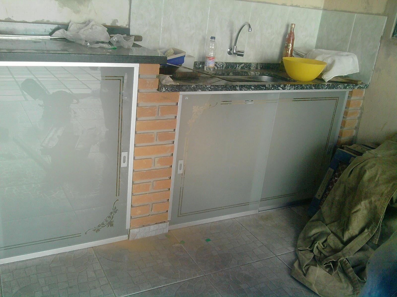 AF4 TEMPER VIDROS: Fechamento de pia com vidro jateado. #856546 1600x1200 Banheiro Com Box De Alvenaria