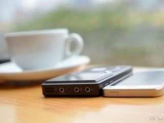 Fiio X5 dày hơn iPhone 5