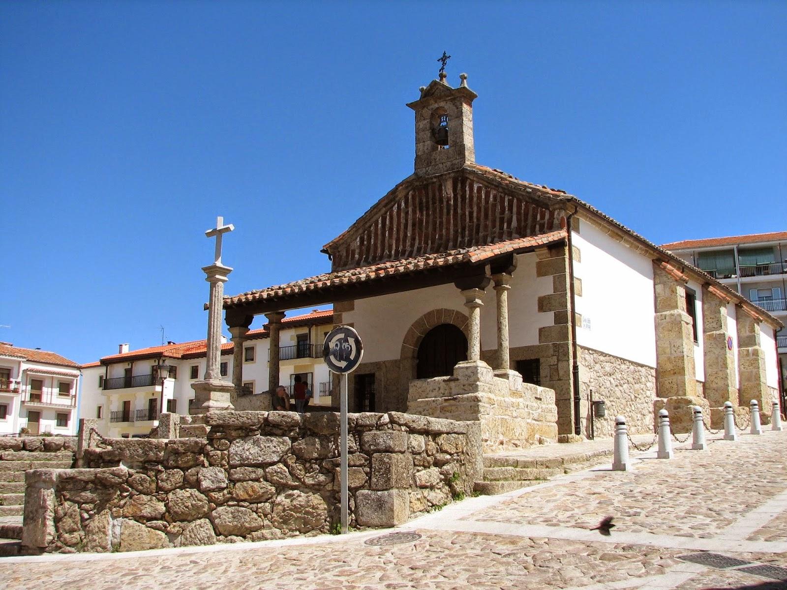 Plaza del Humilladero, se encuentra justo a la entrada de Candelario