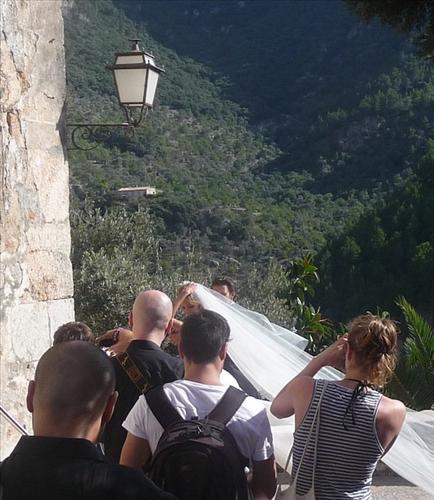 Anja Rubik marries Sasha Knezevic in Mallorca