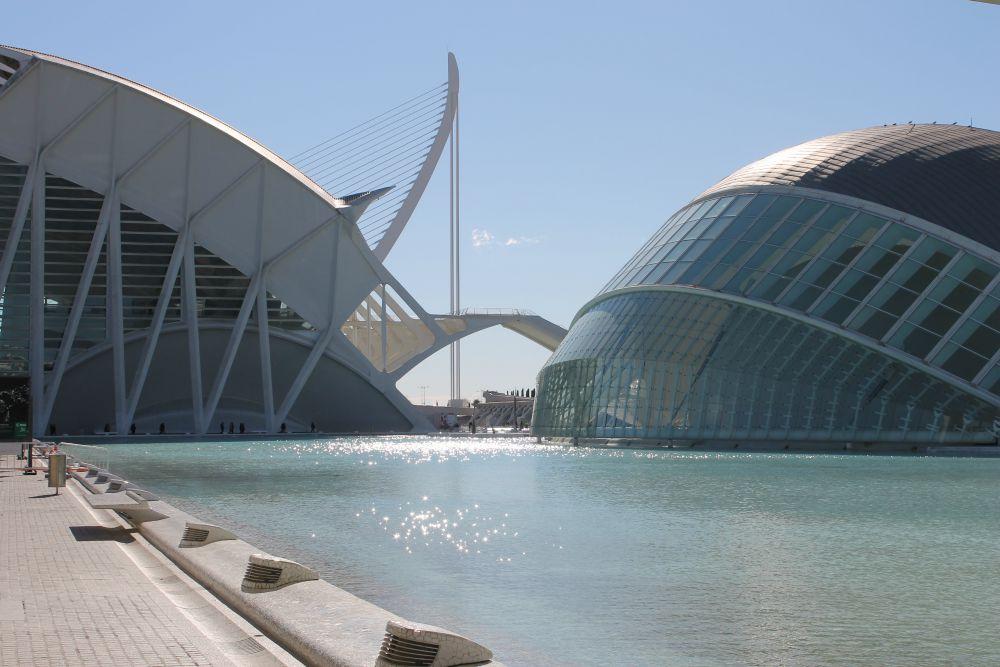Hoe goedkoop kan je voor vijf dagen naar Valencia?