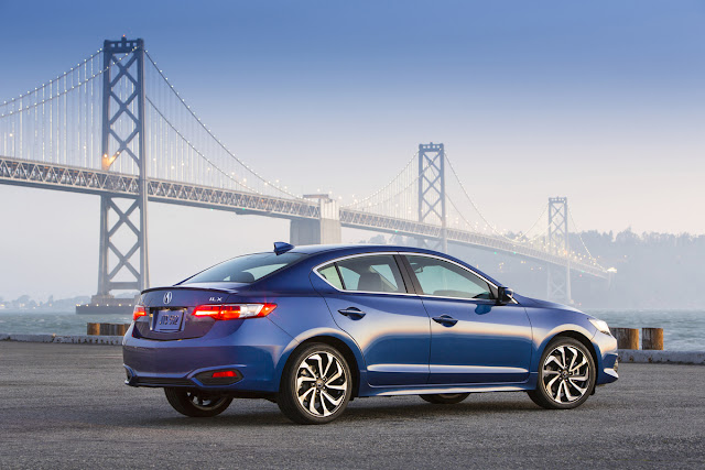 Rear 3/4 view of 2015 Acura ILX