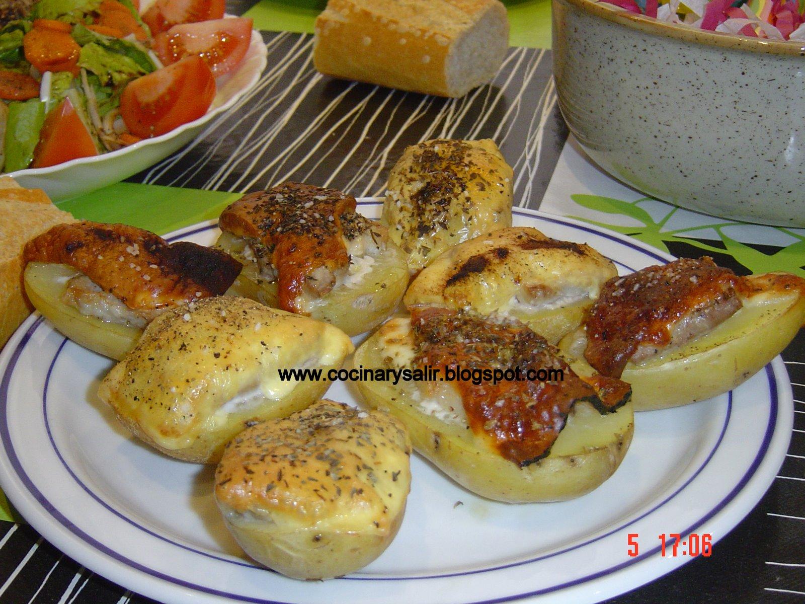 Cocinar y salir patatas al horno con panceta y queso for Cocinar gambas al horno