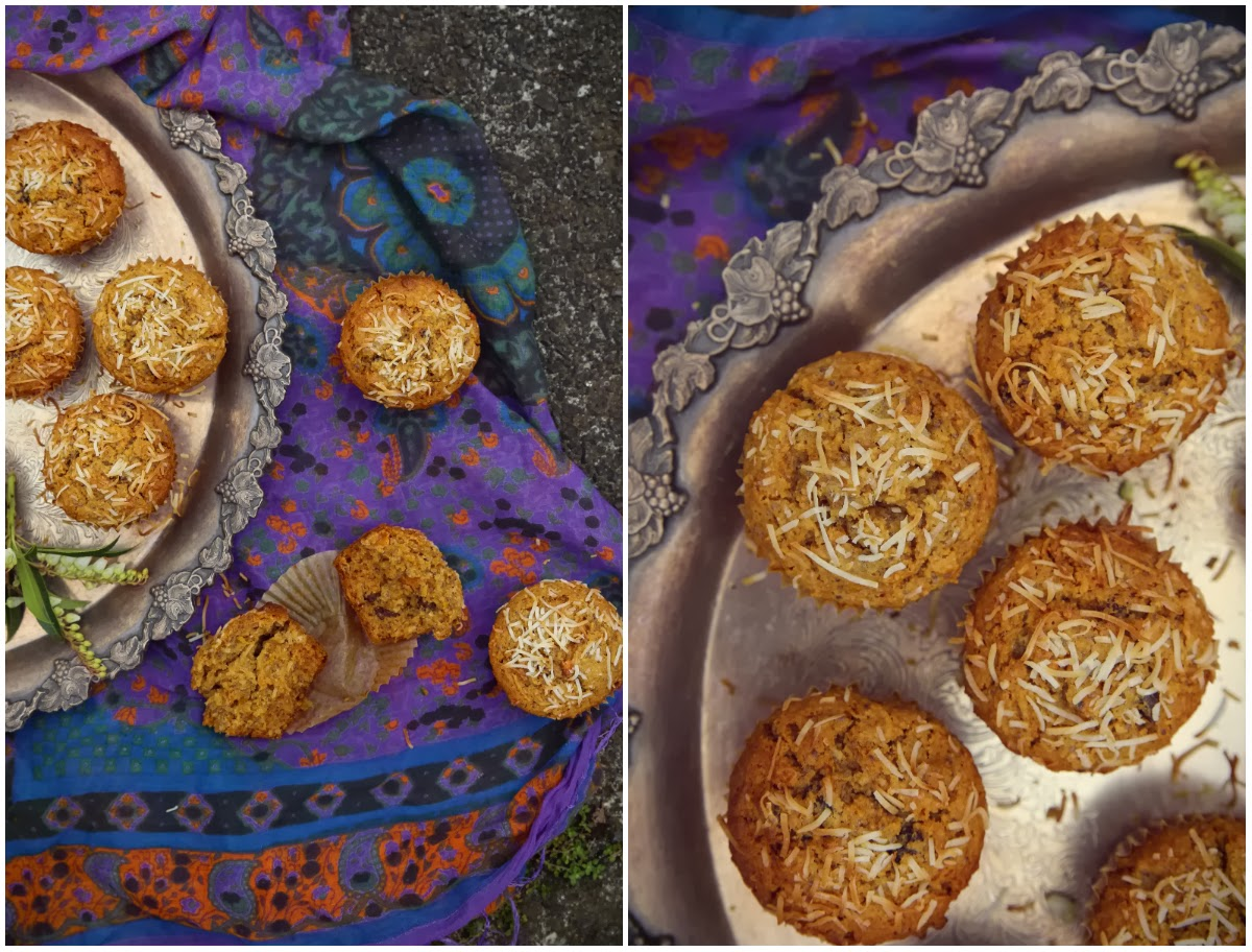 petite kitchen: RUSTIC CARROT AND COCONUT CAKES WITH CHIA SEEDS