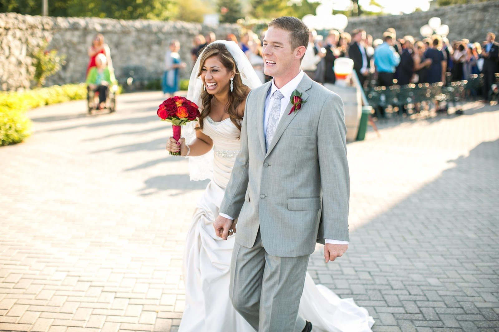 Niagara Falls wedding ceremony // the-lifestyle-project.com