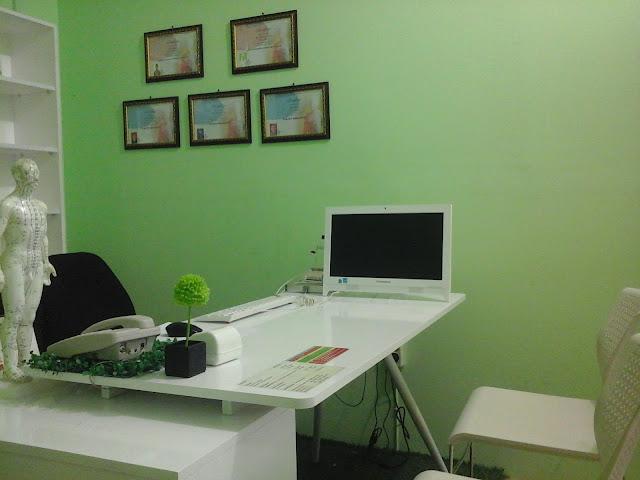 Ruang Konsultasi Klinik Holistik Elif Medika