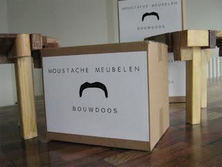 Moustache Bouwdoos