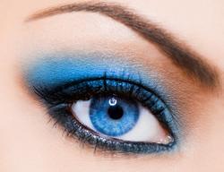 Go glamourous welke kleur make up - Grijze kleur donkerder ...