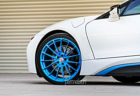 BMW i8 with HRE P103 in Frozen iLectric Blue by Permaisuri