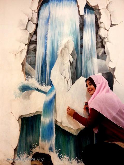 Tempat Menarik Pulau Pinang, Penang Time Tunnel, 3D Mural Art Street, penang street art, pulau pinang art street