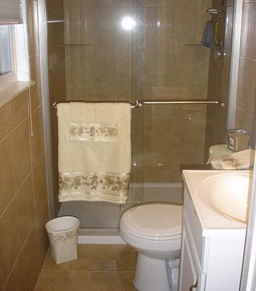 Small bathroom design ideas for Tiny bathroom layout