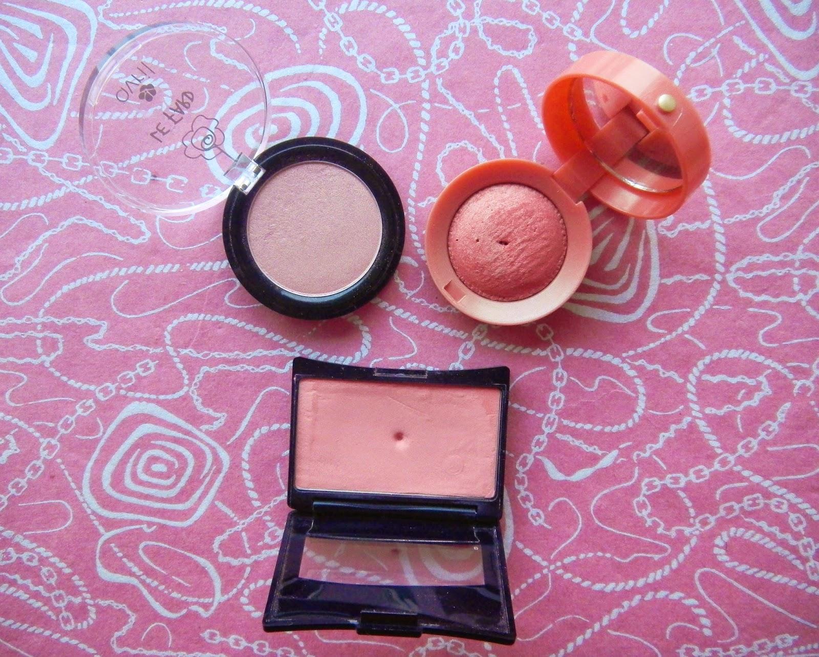 Le blog d 39 une rose des bois trois blushs bourjois for Miroir yves rocher