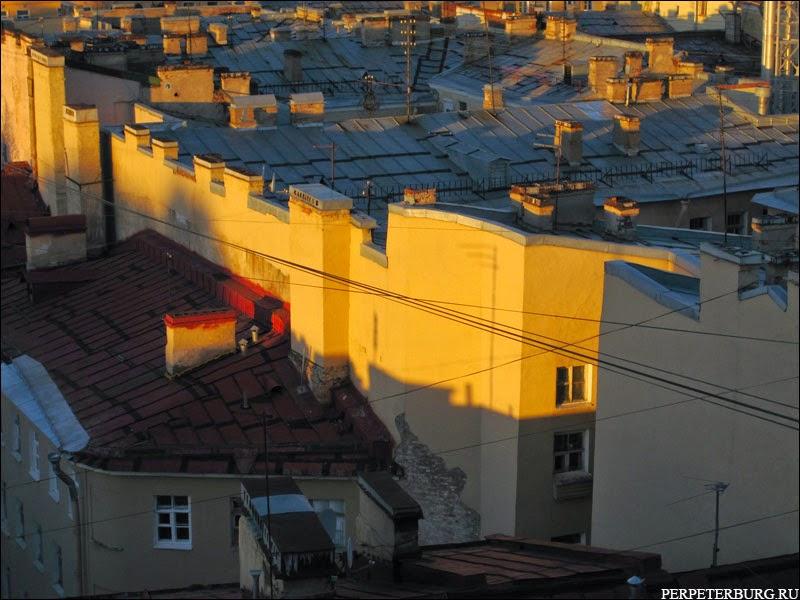 Прогулки по крышам в Санкт-Петербурге - фото