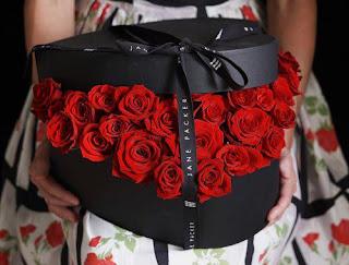 flores rojas para regalar