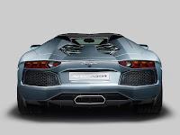 2014 Lamborghini Aventador LP700-4 Roadster picture 7