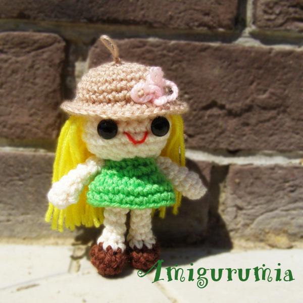 Куколка Алиса - брелок