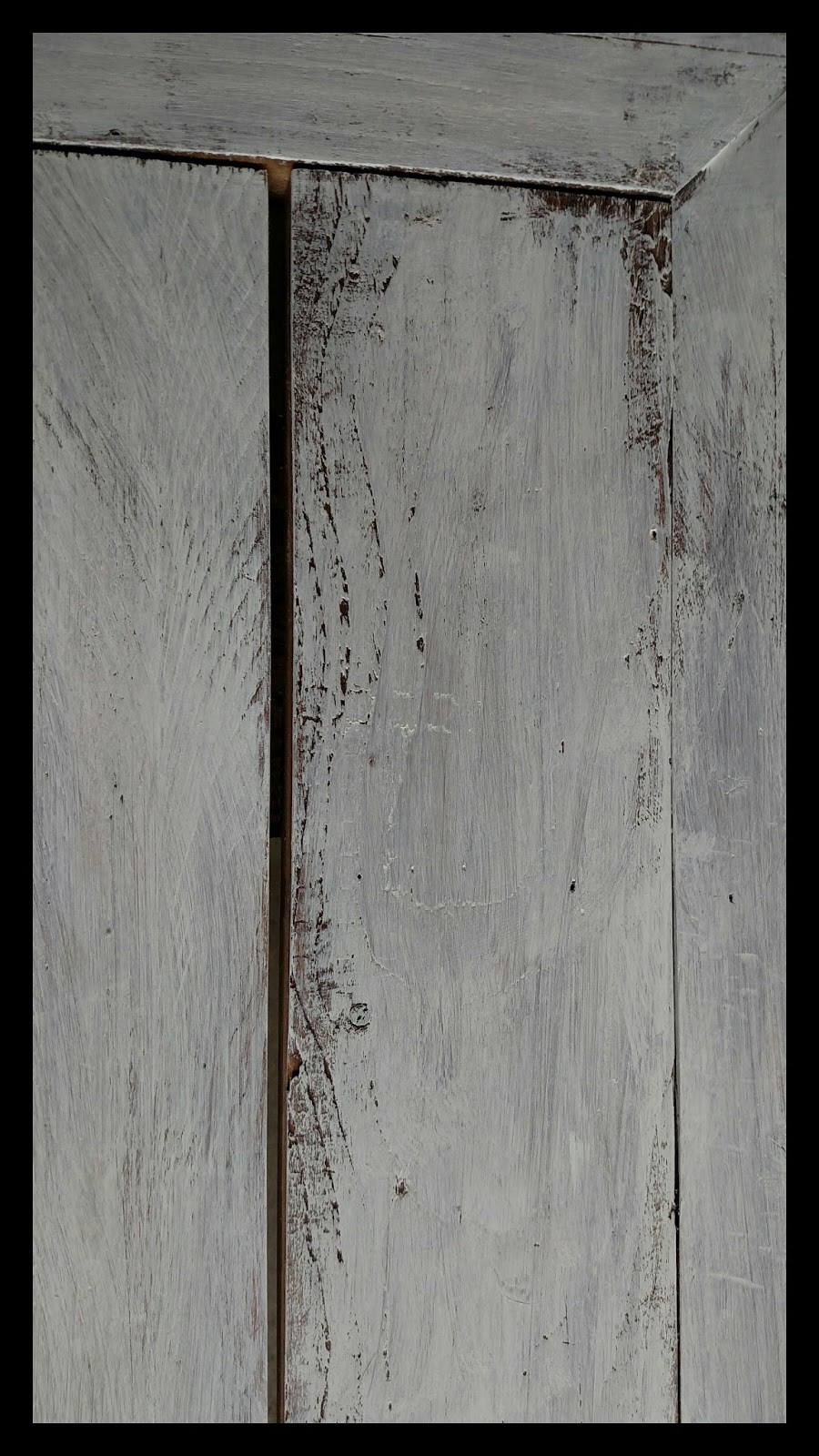 Barn wood trestle table for How to treat barn wood for bugs