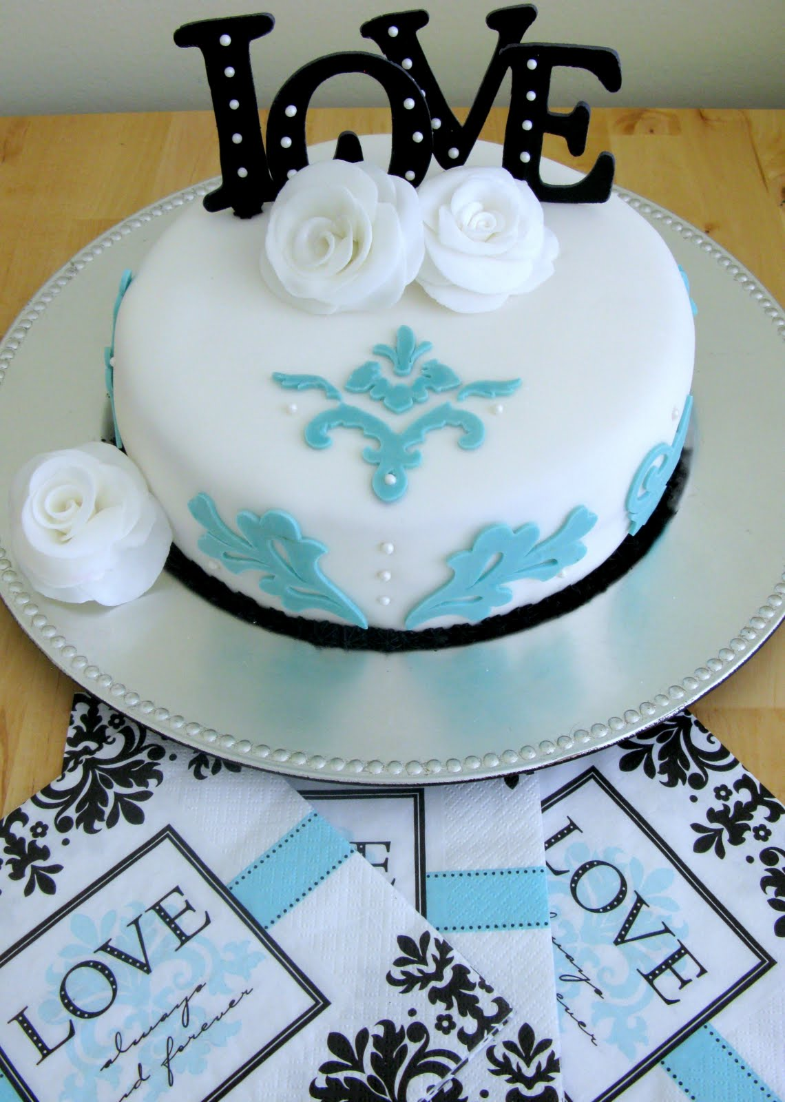 10 Pretty Bridal Shower Cakes Designs Ideas CAKE DESIGN AND DECORATING IDEAS