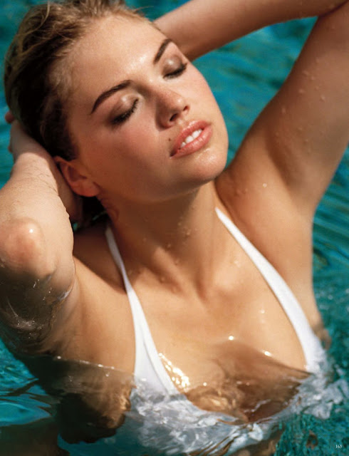 Kate Upton Sexy in Pool
