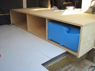 wie baue ich mir ein wohnmobil. Black Bedroom Furniture Sets. Home Design Ideas