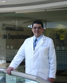Neurólogo y Neurocirujano. Dr. Luis Felipe Gordillo Domínguez.