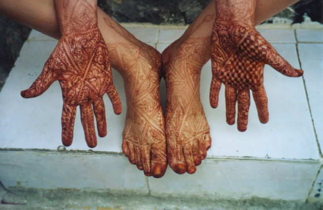 Mehndi Henna Side Effects : Henna designs red photos