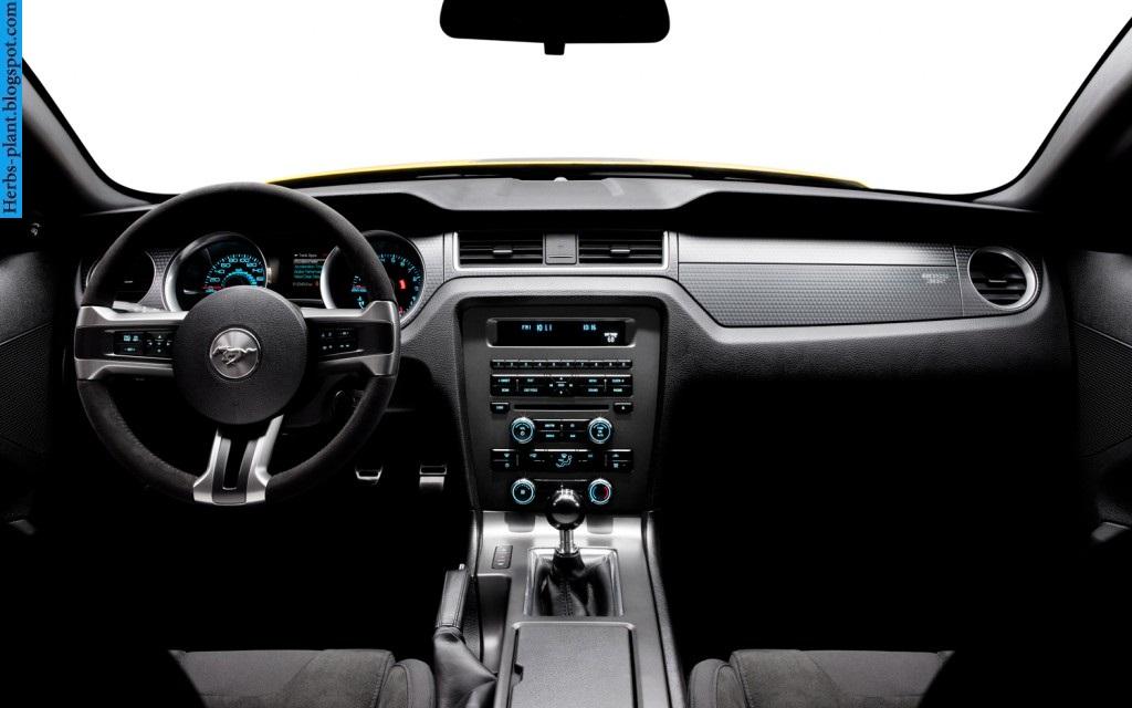 Ford mustang car 2013 dashboard - صور تابلوه سيارة فورد موستانج 2013