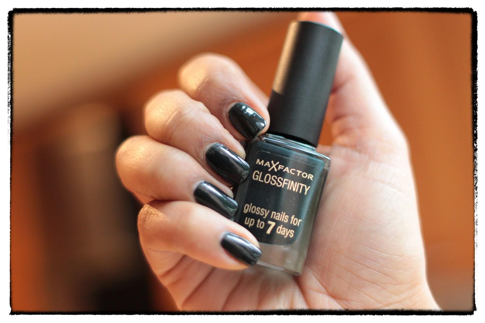 The Nails: Max Factor Glossfinity Nail Varnish   Beauty Passionista