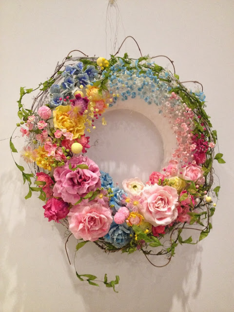 Baketopia Floral edible wreath