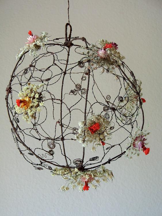 sfera di fili di rame per Abilmente 2014 Roma, tavola di Natale