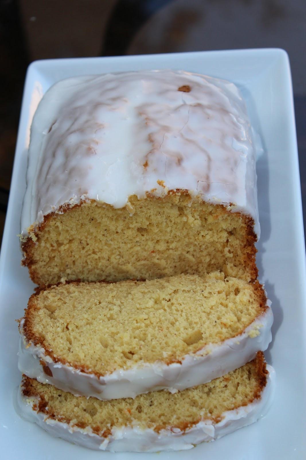 ... lemon glaze that is WONDERFUL with the cake and I like me some glaze