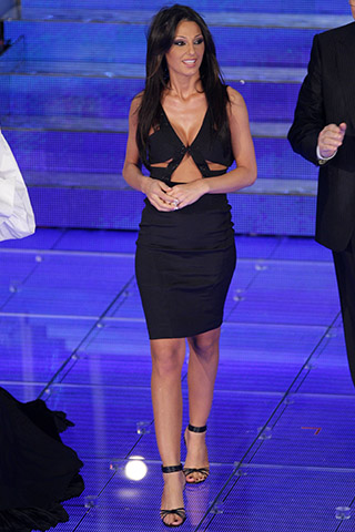 Anna Tatangelo-Legs-Hot-Body-Parts