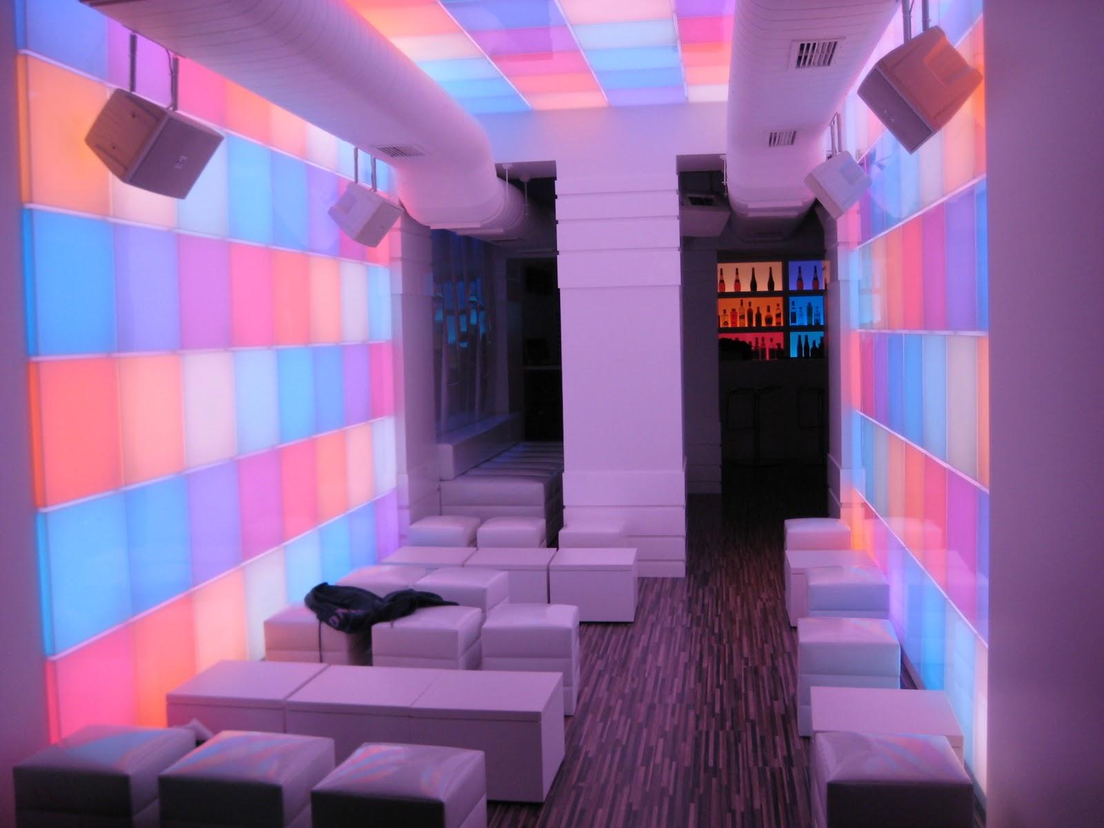 Ebled iluminacion pub stromboli madrid instalaci n - Iluminacion por leds ...