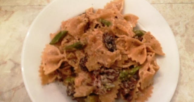 Savory, Sweet + Spicy: Farfelle With Asparagus, Mushrooms And Goat ...