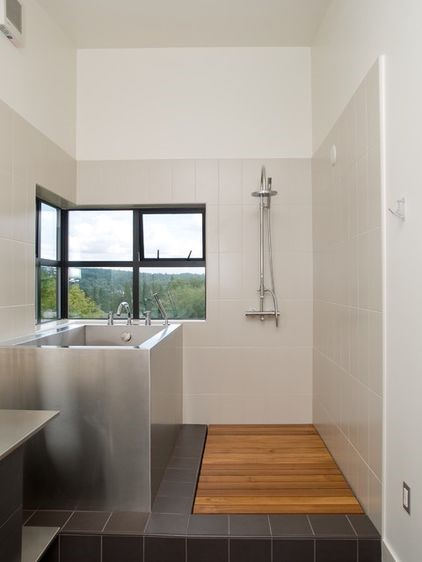 Bon A Few Wood Slats Are All Thatu0027s Needed To Complete A Design Minded  Minimalist Shower.