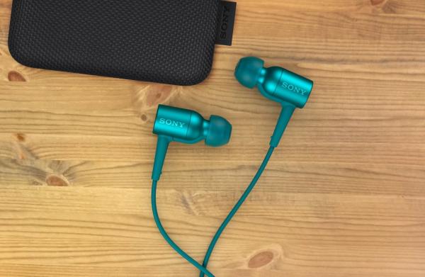 Sony h.ear in NCs