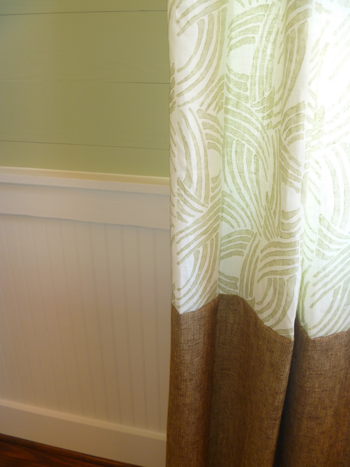 What Color Curtains To Choose With A Chocolate Brown Sofa Apple Green Walls And A Red Floors
