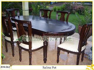 Kursi dan Meja Makan Ukiran Kayu Jati Salina Pot