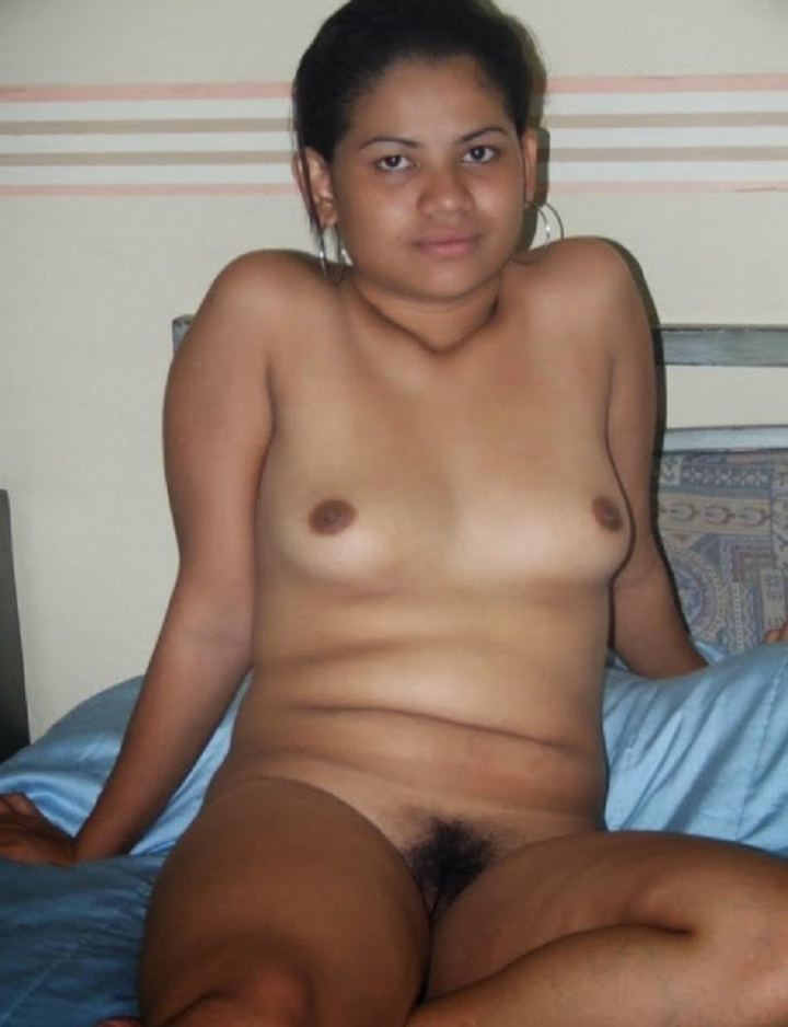 Young girl loosing virginity at party