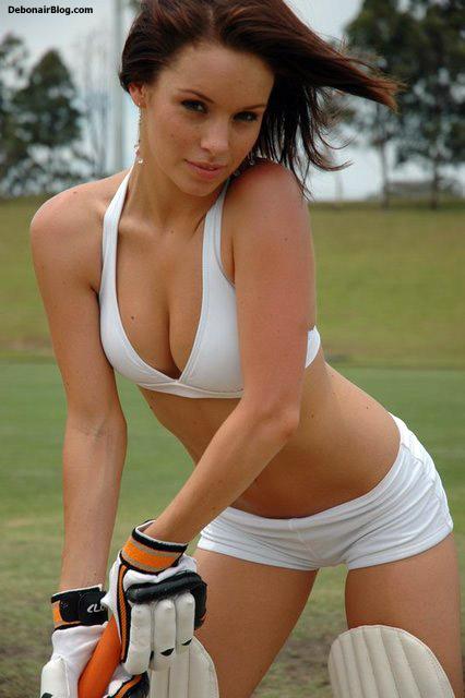 Sexy Hot Babes Bikini Babes