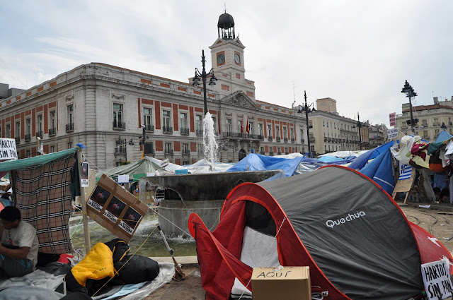 Acampada-dignidad_Abuelohara-acampada-15M