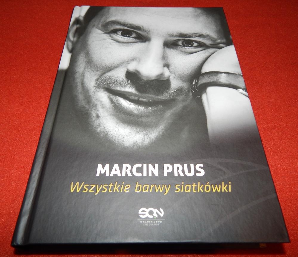 """4d2fedc5d """"Wszystkie barwy siatkówki"""" Marcina Prusa to pierwsza w Polsce  autobiografia siatkarza. Aż trudno uwierzyć, że mimo ogromnej popularności  tej dyscypliny w ..."""