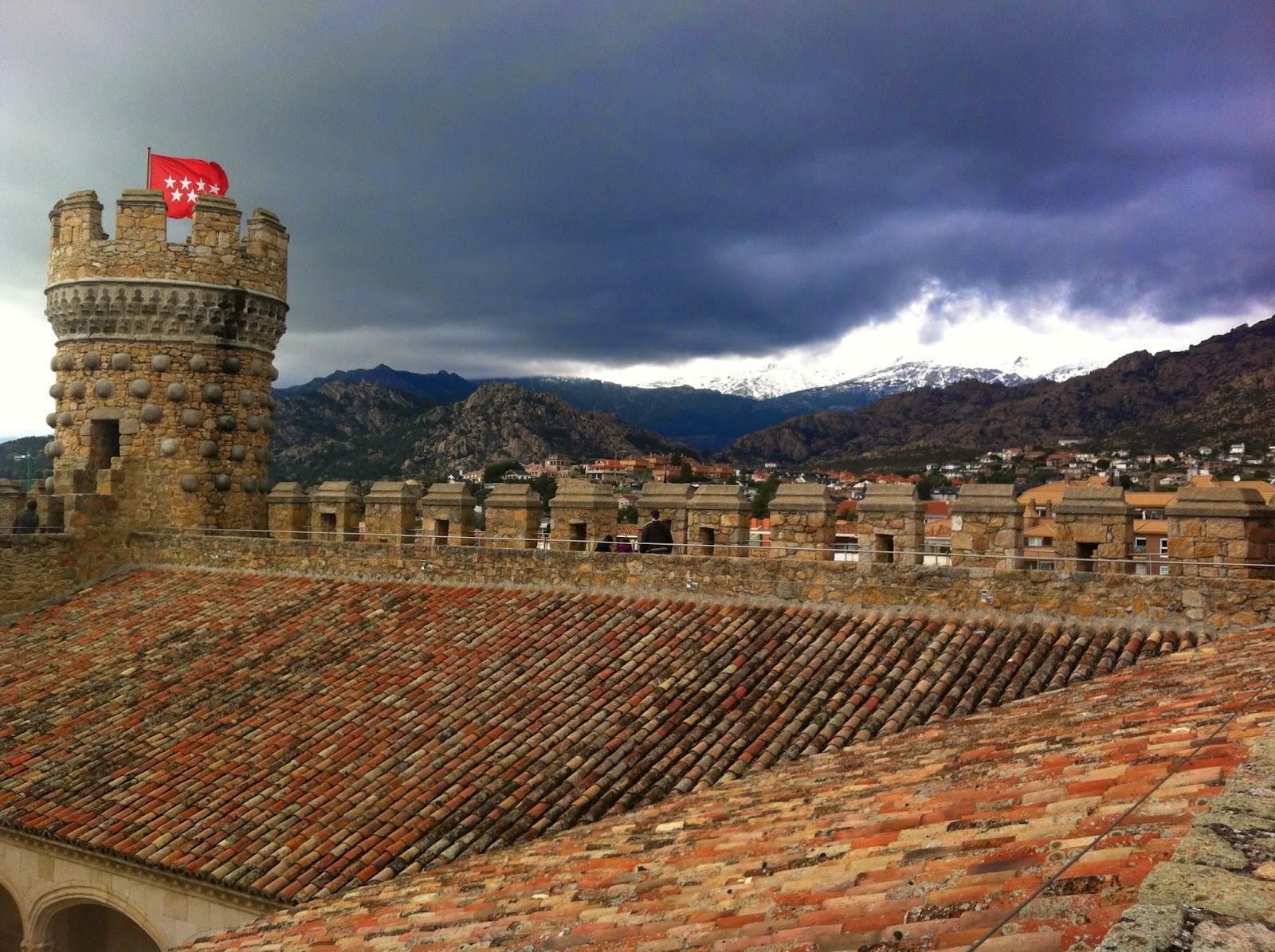 Sierra de Madrid desde las almenas del Castillo de Manzanares el Real